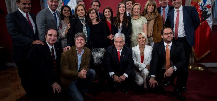 La derecha chilena sofofa dice NO a los cambios estructurales en su modelo de dominación político y económico.